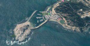Vista aérea del piedraplén que cobija los yates de la Cofradía